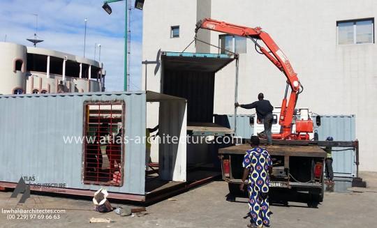 agence-bancaire-a-cotonou-en-containair-1